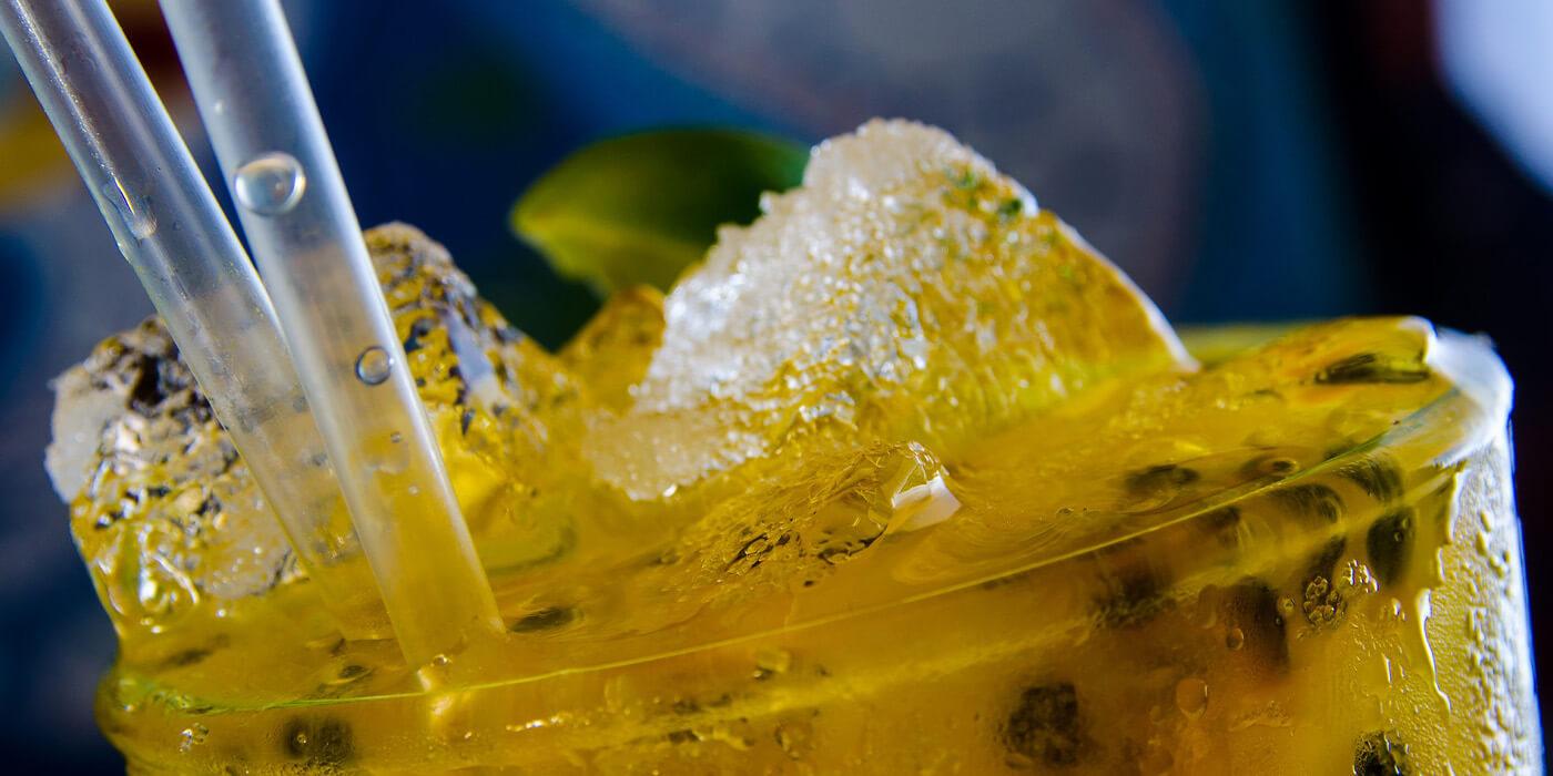 CBD-Öl kann die Folgen des Alkoholgenuss reduzieren